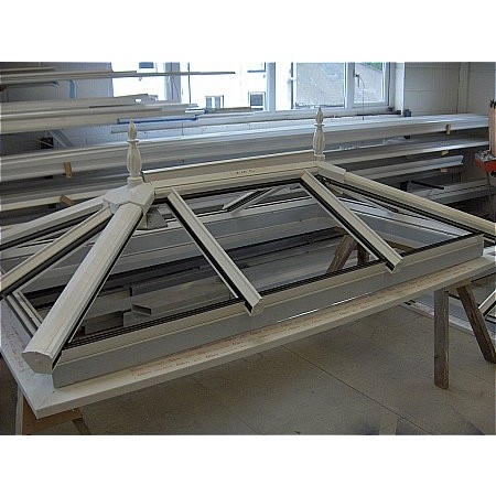 45 - White Powder Coated Aluminium Roof Lantern Light